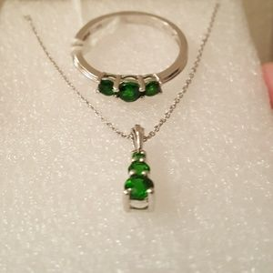Jewelry - Russian Diopside 1.68ct Platinum/Sterl Set Sz10